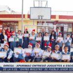 """DIRESA Apurímac entregó juguetes a escolares de II.EE. """"Divino Maestro"""" de Pueblo Joven Centenario"""